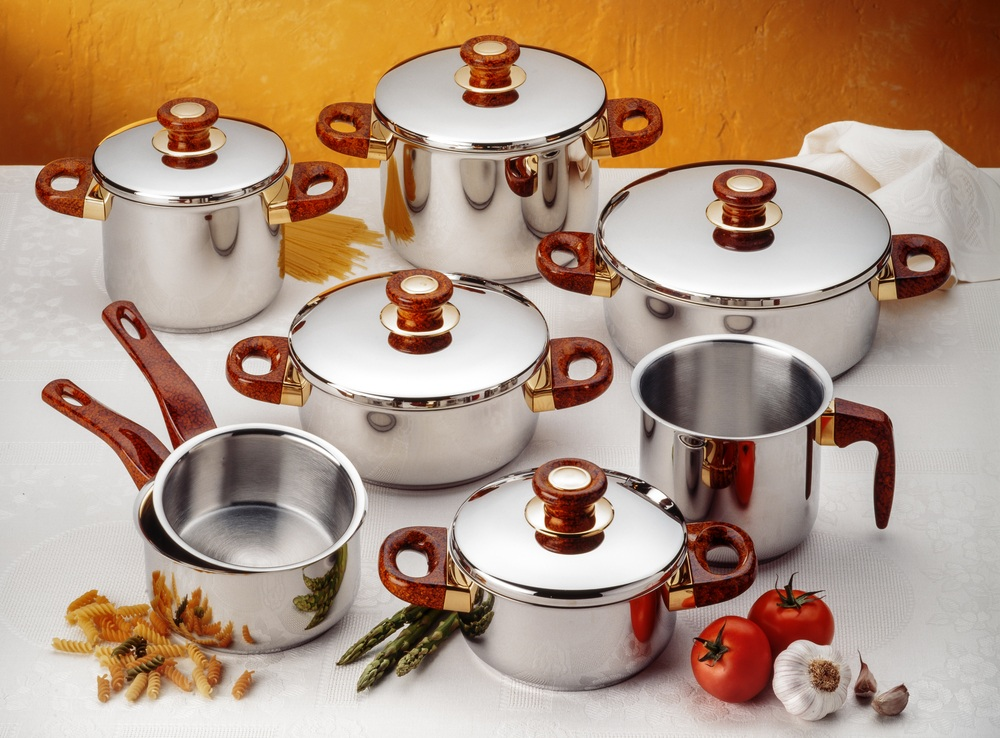Stainless Steel Cookware FAQs