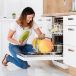 4 Reasons Why You Should Buy a Portable Dishwasher