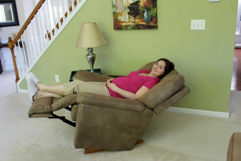 Why Do I Sleep Better In a Recliner Than a Bed